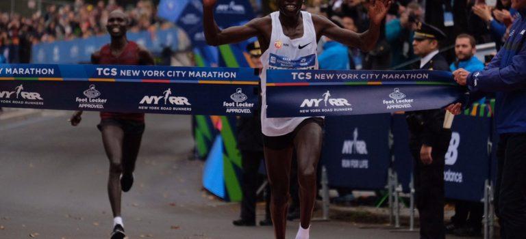 Νικητής ο Κάμγουορορ στη Νέα Υόρκη
